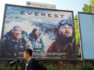 151006 nach Italien 032 Everest Plakat komprimiert