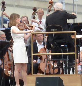 Daniel Barenboim noch mit Lisa Batiashwili und der Staatskapelle Berlin