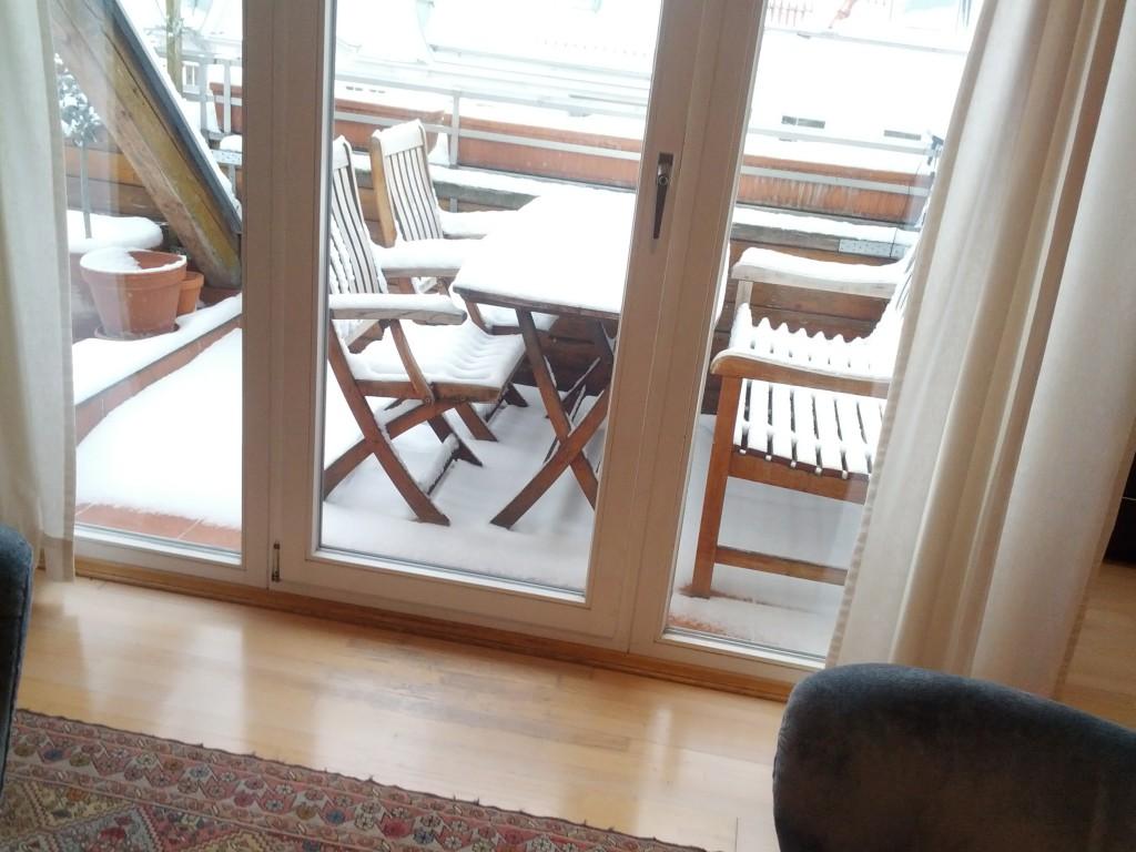 Terrasse im Schnee