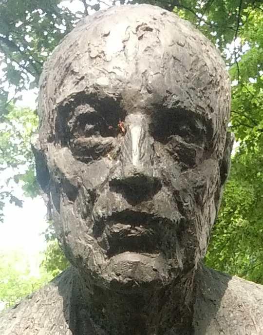 Büste Rudolf Bultmann