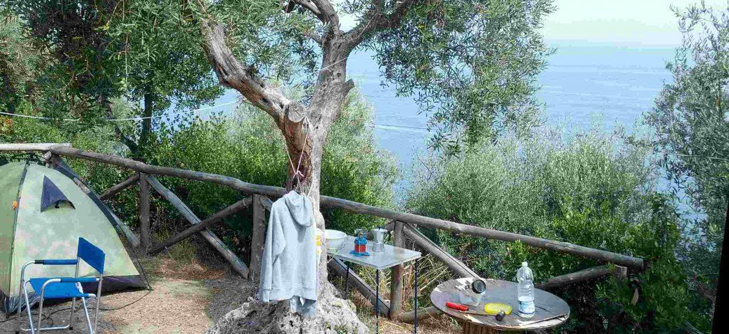 Zelt am Golf von Neapel